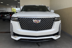 2021-Cadillac-Escalade-Premium-Luxury-600D-3L-Duramax-Diesel-LM2-Exterior-002-front-end-grille-Cadillac-logo