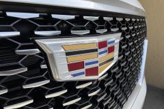 2021-Cadillac-Escalade-Premium-Luxury-600D-3L-Duramax-Diesel-LM2-Exterior-005-Cadillac-logo-on-grille