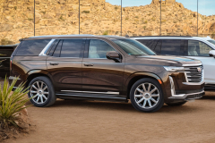 2021-Cadillac-Escalade-Premium-Luxury-Exterior-001-front-three-quarters
