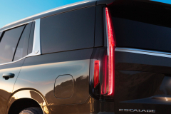 2021-Cadillac-Escalade-Premium-Luxury-Exterior-022-tail-lamp