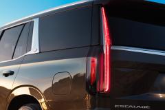 2021-Cadillac-Escalade-Premium-Luxury-Exterior-022-tail-lamp