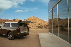 2021-Cadillac-Escalade-Premium-Luxury-Exterior-028-liftgate-open
