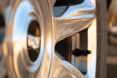 2021-Cadillac-Escalade-Premium-Luxury-Exterior-041-Cadillac-script-logo-on-spoke