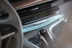 2021-Cadillac-Escalade-Premium-Luxury-Interior-010