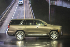 2021-Cadillac-Escalade-Premium-Luxury-Reveal-Photos-Cadillac-Society-February-2020-Exterior-005