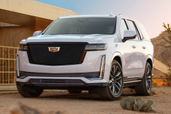 2021-Cadillac-Escalade-Sport-Exterior-003-front-three-quarters
