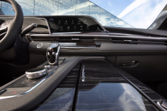 2021-Cadillac-Escalade-Sport-Interior-004
