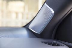 2021-Cadillac-Escalade-Sport-Interior-008