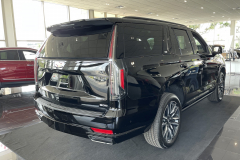 2021-Cadillac-Escalade-Sport-Platinum-Black-Raven-Exterior-005