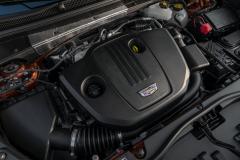2021-Cadillac-XT4-Europe-Engine-Bay-2.0L-Diesel-LSQ-Engine-001