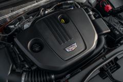 2021-Cadillac-XT4-Europe-Engine-Bay-2.0L-Diesel-LSQ-Engine-002