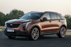 2021-Cadillac-XT4-Sport-Europe-Exterior-002-front-three-quarters