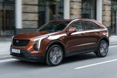 2021-Cadillac-XT4-Sport-Europe-Exterior-006-front-three-quarters