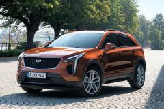 2021-Cadillac-XT4-Sport-Europe-Exterior-023-front-three-quarters