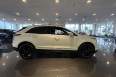 2021-Cadillac-XT5-Sport-400-with-20-inch-S2K-wheels-in-Gloss-Black-Exterior-003-side-profile