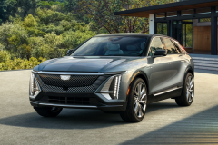 2023-Cadillac-Lyriq-Exterior-002-Front-Three-Quarters