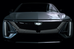 2023-Cadillac-Lyriq-Exterior-026-front-end-grille-lights-illuminated-Cadillac-emblem
