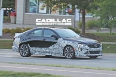2022-Cadillac-CT4-V-Blackwing-Spy-Shots-Exterior-October-2020-002
