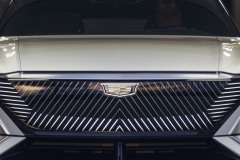 2023-Cadillac-Lyriq-Show-Car-Exterior-008-front-end-grille-Cadillac-logo