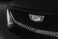 2023-Cadillac-Lyriq-Show-Car-Exterior-015-light-up-Cadillac-logo-and-grille
