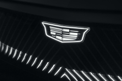 2023-Cadillac-Lyriq-Show-Car-Exterior-016-light-up-Cadillac-logo-and-grille