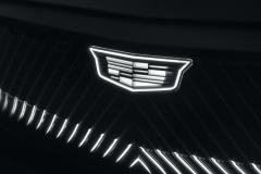 2023-Cadillac-Lyriq-Show-Car-Exterior-016-light-up-Cadillac-logo-and-grille