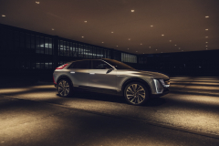 2023-Cadillac-Lyriq-Show-Car-Exterior-025-front-side-profile