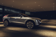 2023-Cadillac-Lyriq-Show-Car-Exterior-026-front-side-profile.jpg