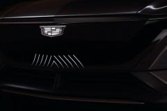 Cadillac-Lyriq-Show-Car-Teaser-June-2020-002-front-fascia-LED-grille-back-lit-Cadillac-logo
