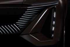 Cadillac-Lyriq-Show-Car-Teaser-June-2020-004-front-fascia-LED-grille-headlight-vertical-signature-DRL