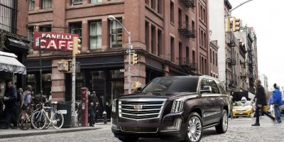 2018 Escalade Is The Only Cadillac That Supports iPhone 8 And iPhone X Wireless Charging Feature