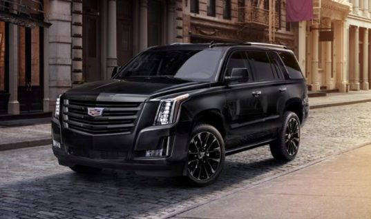 2019 Cadillac Escalade Sport Brings Aggressive Black-Accent Look