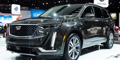 Cadillac XT6 Premium Luxury vs. XT6 Sport: Visual Comparison