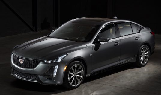 2020 Cadillac CT5 Sport Offers Three Brake Caliper Colors