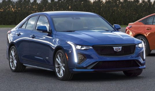 Cadillac CT4-V And CT5-V Arrive In The Middle East