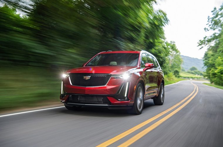2020 Cadillac XT6 Offers Superb Sliding Cup Holders