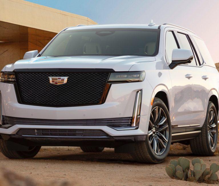 2021 Cadillac Escalade vs. Lincoln Navigator: Exterior, Interior, Cargo Dimensions
