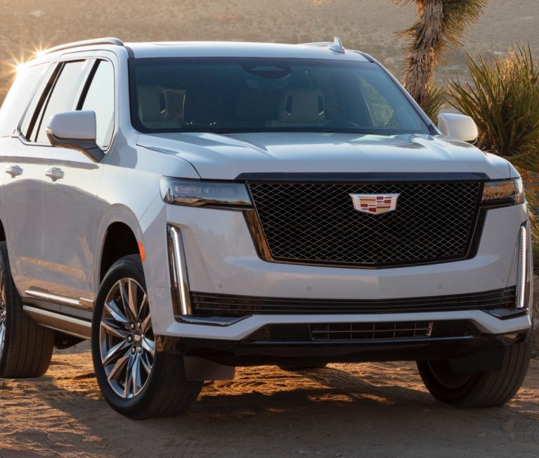 2021 Cadillac Escalade Curved OLED Screen Has This Cool Feature