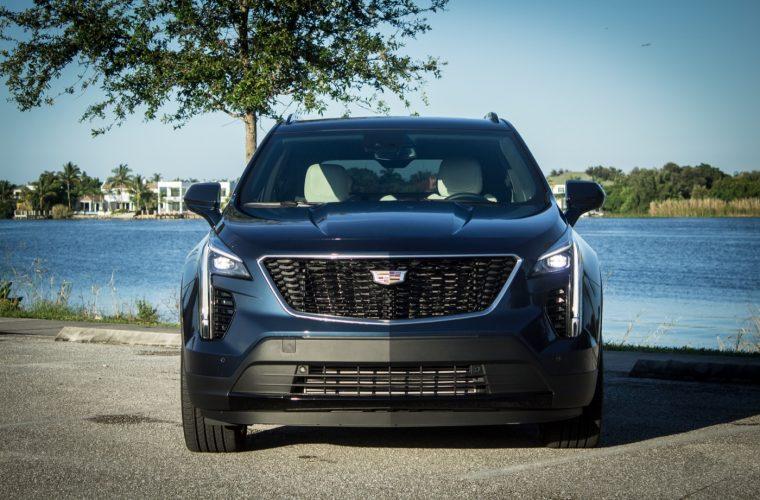 Cadillac XT4 Gains Monochromatic Cadillac Emblems