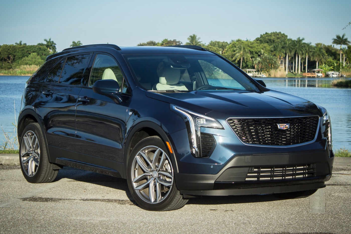 Cadillac XT5 Information, Pictures, Specs, Wiki & More