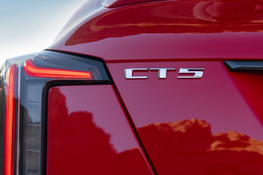 Neutral-density tail lamps with gray-tinted transparent outer lens on CT5-V