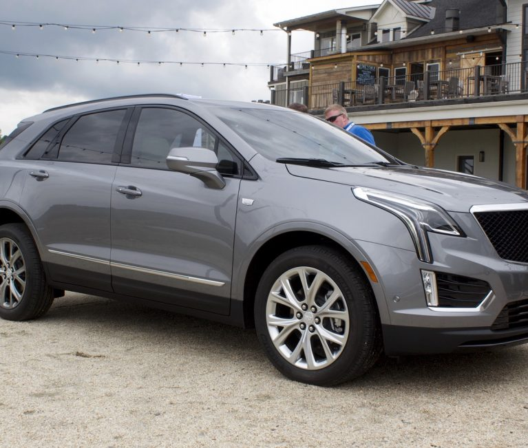 Cadillac XT5 Discount Takes $1,500 Off Price In October 2021