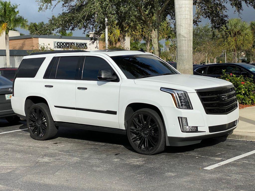 Custom Cadillac Escalade Looks Like Precursor To 2021 ...