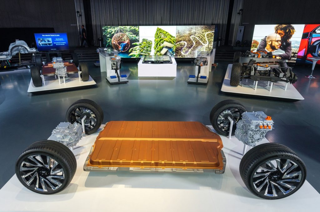 New BEV3 electric vehicle platform, Ultium battery packs and motors that will underpin the Cadillac Lyriq