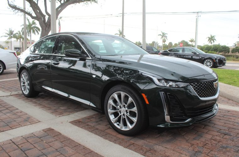 Cadillac CT5 In Evergreen Metallic: Live Photo Gallery