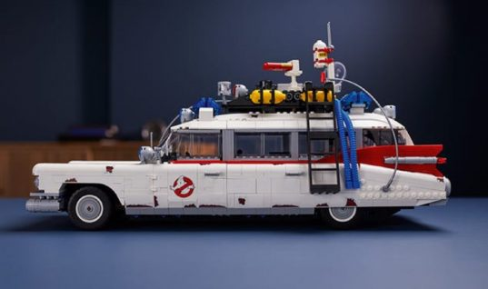 New Cadillac Ecto-1 Lego Kit Is The Most Detailed Ever