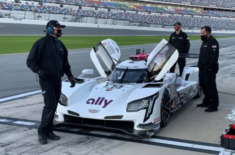No. 48 Cadillac DPi-V.R Livery Shown At First Rolex 24 Hour Test