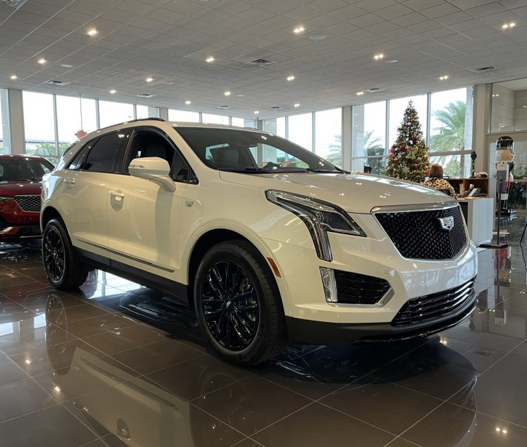 Cadillac XT5 Discount Offers Up To $2,000 Off In June 2021