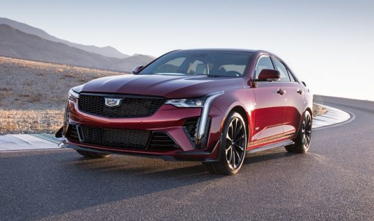 Cadillac Blackwing Models Get Optional Color-Matching Brake Calipers And Key Fobs