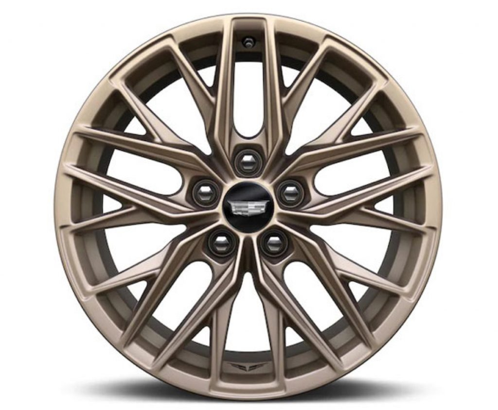 18-inch alloy with Tech Bronze finish
